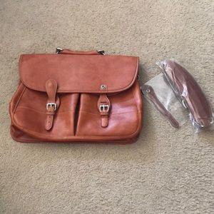 {Barrington} Florentine Leather Laptop Bag